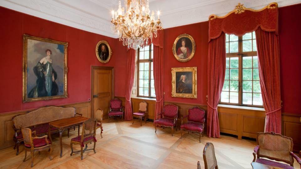 Beispiel: Roter Salon, Foto: Villa Wenkenhof.