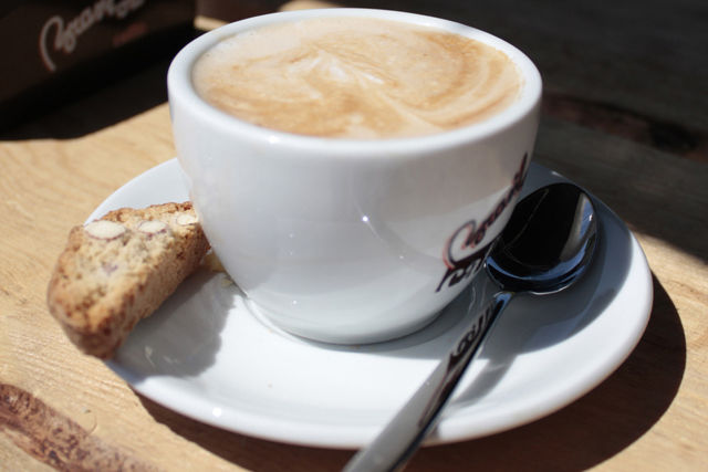 Beispiel: Cappuccino, Foto: Andolini's GenussBringer.