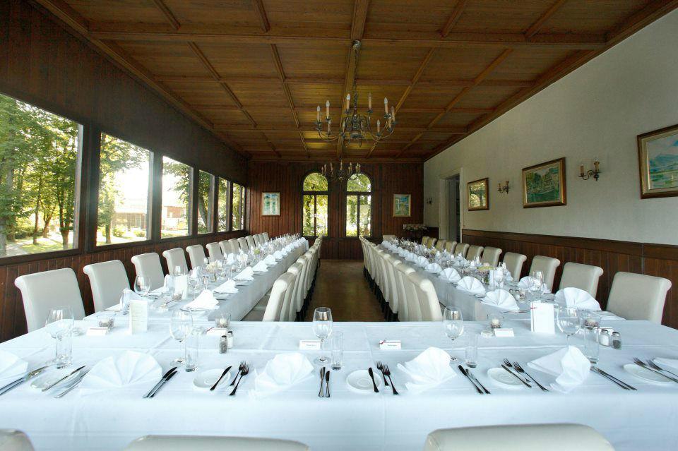 Beispiel: Bestuhlungsvariante, Foto: Seecafe Restaurant Spitzvilla.