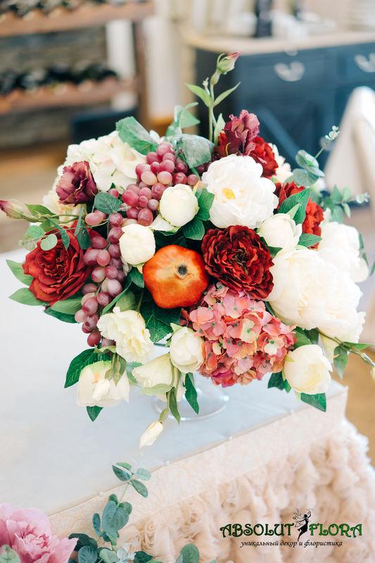 Декор в цвете Марсала