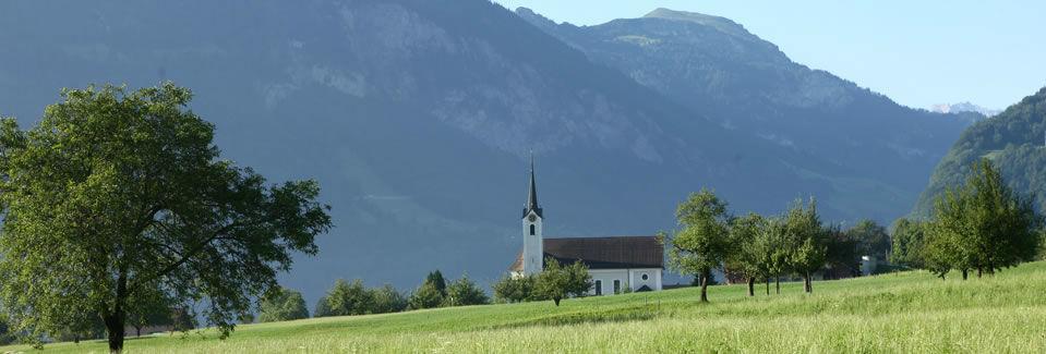 Beispiel: Kirche St. Anton, Foto: Landgasthof Grossteil.