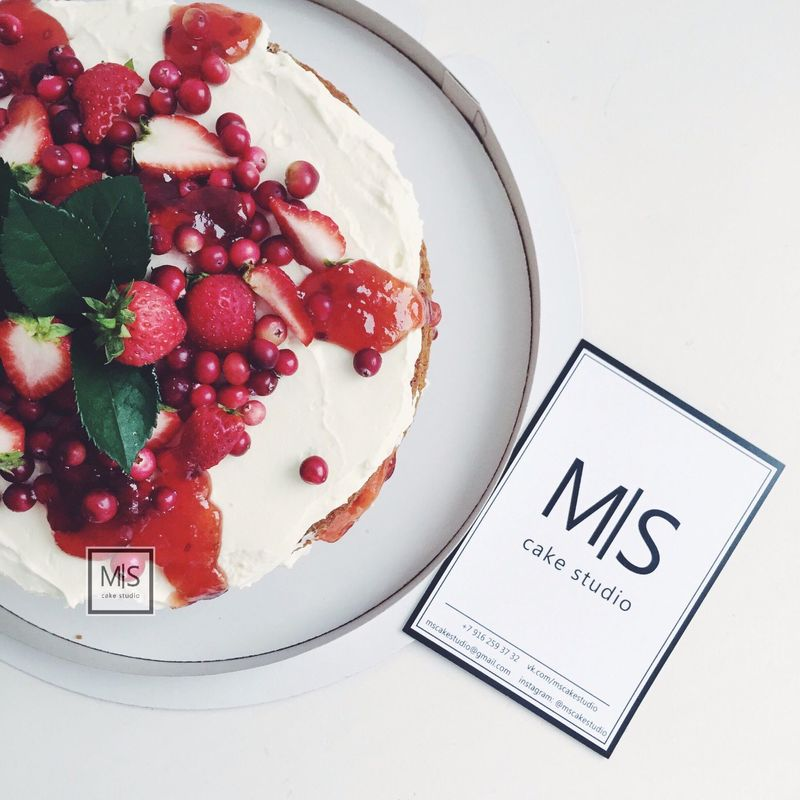 M|S cake studio || naked cake with