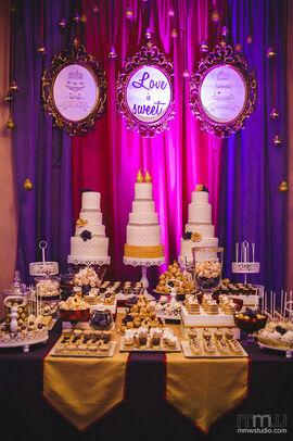 Bufet słodki z trio tortowym. Wszystko w stylu i kolorystyce wesela!