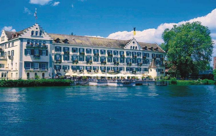 Beispiel: Außenansicht vom See, Foto: Steigenberger Inselhotel Konstanz.