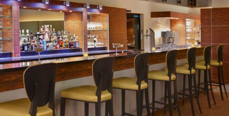 Beispiel: Bar Moonlight, Foto: Steinberger Esplanade.
