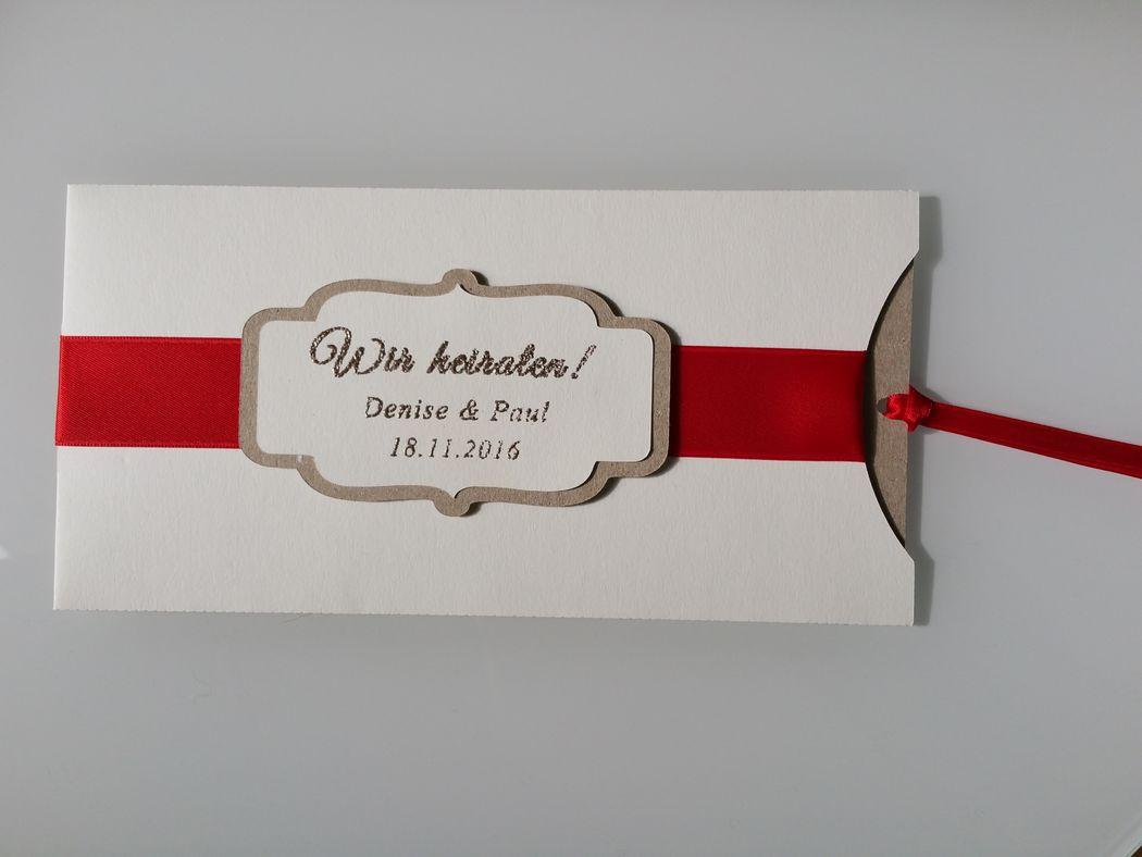 Einladungskarte Lilonda, Foto: Cardlove.de.