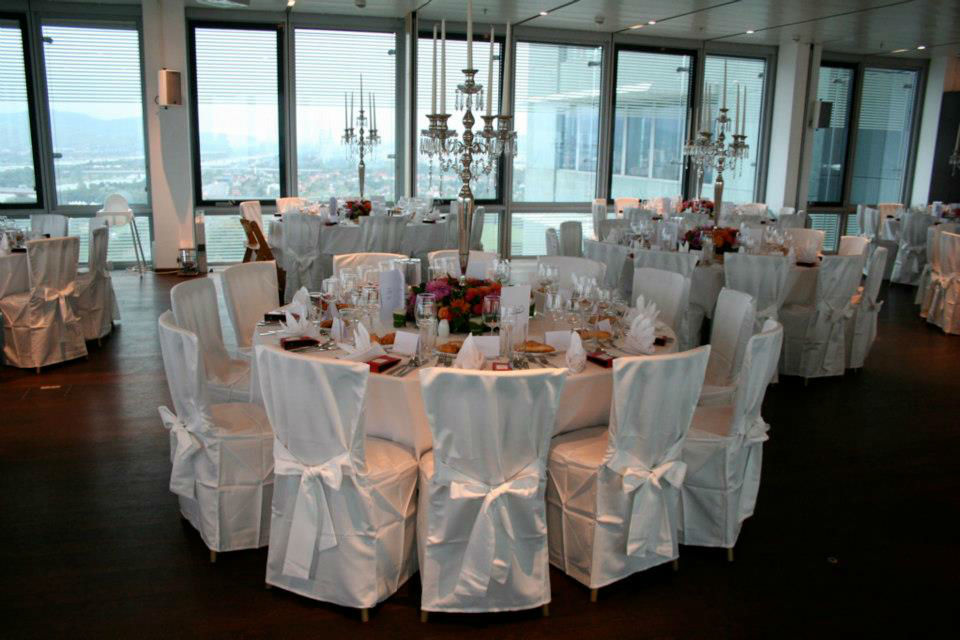 Beispiel: Hochzeitsgedeck, Foto: Tip Top Table Catering.