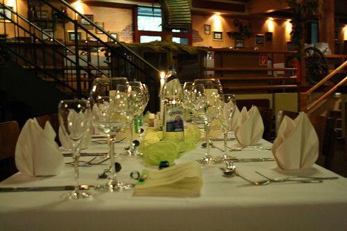 Beispiel: Hochzeitsdekoration, Foto: Brauhaus Kühler Krug.