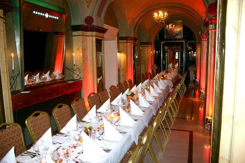 Beispiel: Hochzeitstafel, Foto: Stadtpalais Celle.