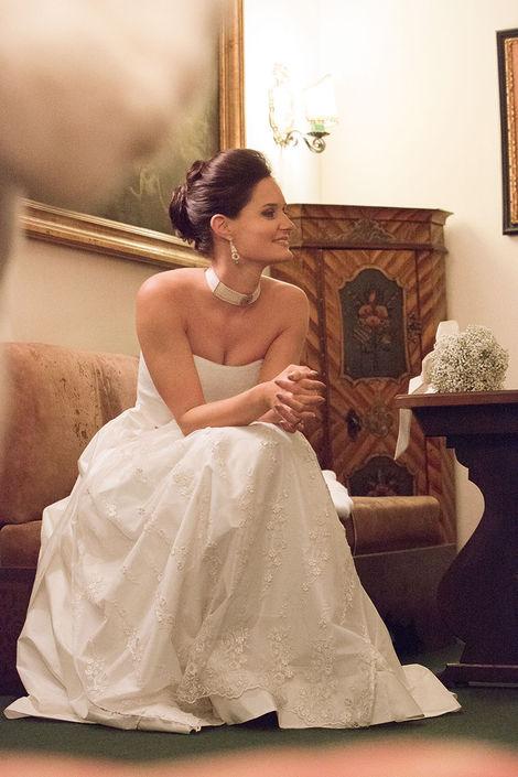 Beispiel: Elegante Brautkleider, Foto: Susanne Spatt Salzburg.
