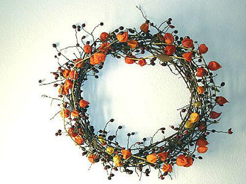Beispiel: Blumenkranz, Foto: Blütenraum.