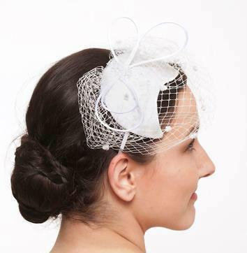 Beispiel: Wunderschöner Haarschmuck für die Braut, Foto: JAAP Accessoires.
