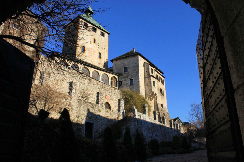 Castel Ivano visto da davanti