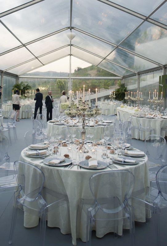 Casamento *M+R*  Escolha de tenda com estrutura transparente para que toda a beleza do Douro fosse apreciada durante a cerimónia.