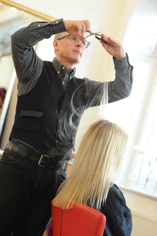 Beispiel: Friseurmeister Oliver Gerbert, Foto: Oliver Gerbert Haare.