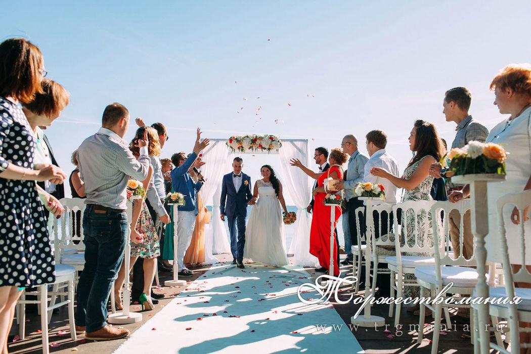 выездная регистрация брака от студии декора и флористики торжествомания
