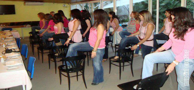 Foto: Mundial Eventos ® – Festas à sua medida ®: Workshops de Dança da Cadeira / Striptease + Refeição+ Bolo Erótico + Animação + Guest List