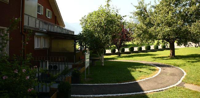 Beispiel: Vorhof Saal, Foto: Landgasthof Grossteil.