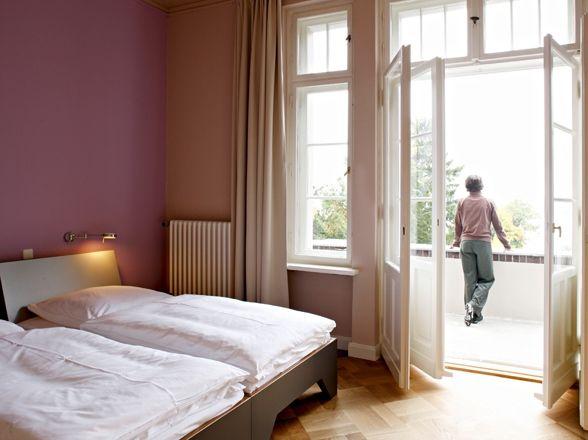 Beispiel: Doppelzimmer Gästehaus, Foto: Villa Blumenfisch.