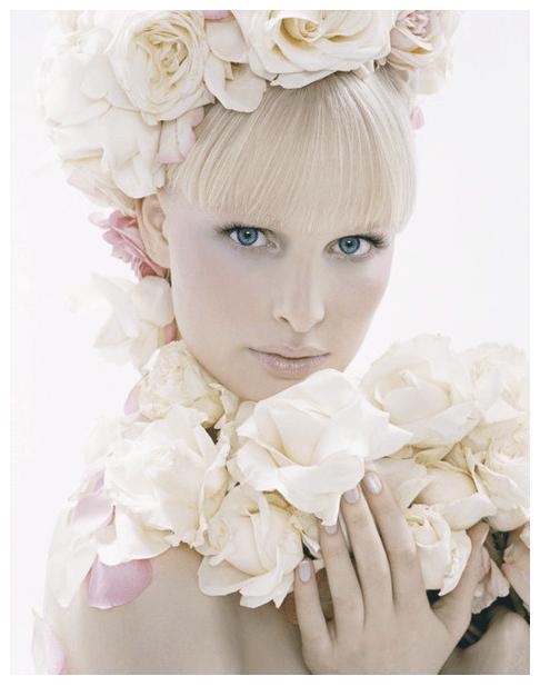 Beispiel: Braut-Outfit, Foto: Der Brautsalon.