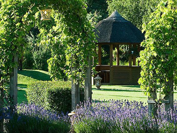 Beispiel: Garten, Foto: Hotel Vila Vita Pannonia.