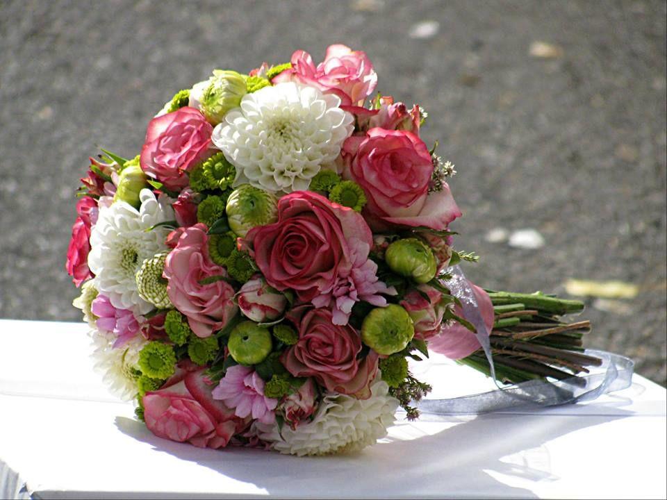 Bouquet de Noiva Dálias e Rosas