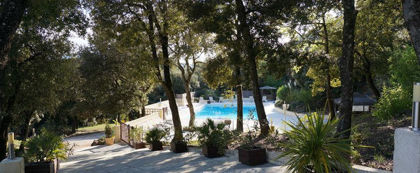 Accès à la piscine -  Domaine Les Soleiades