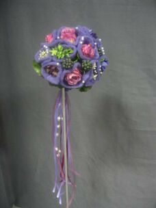 Beispiel: Brautstrauß, Foto: Tina Bergmann Blumenwerkstatt.