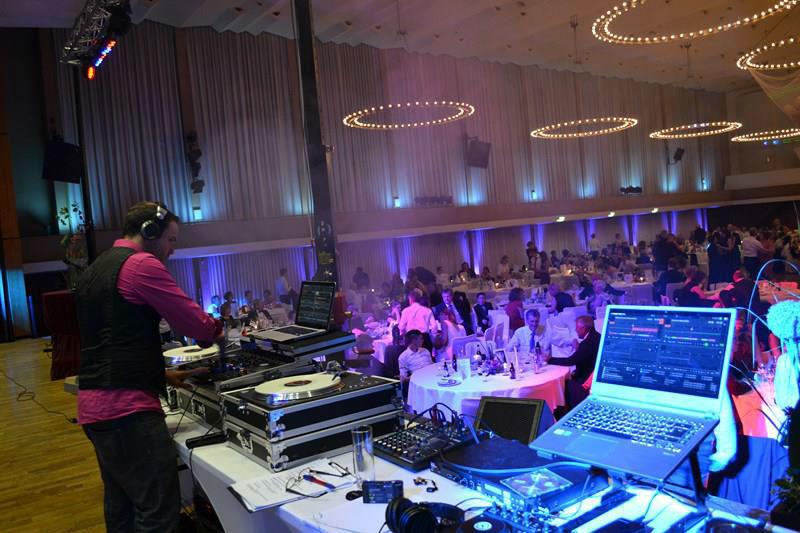 Beispiel: Ton- und Lichttechnik, Foto: DJ Phil.