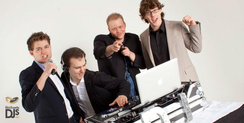 Beispiel: Das Team, Foto: Mobile Hochzeits-DJs.