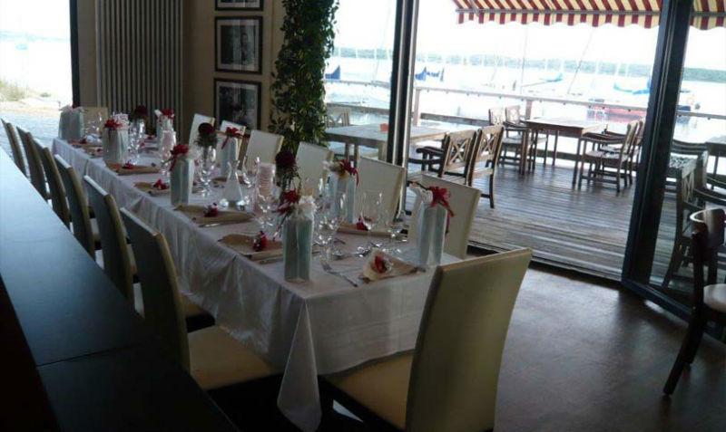 Beispiel: Hochzeitstafel, Foto: Strandcafé am Markkleeberger See.