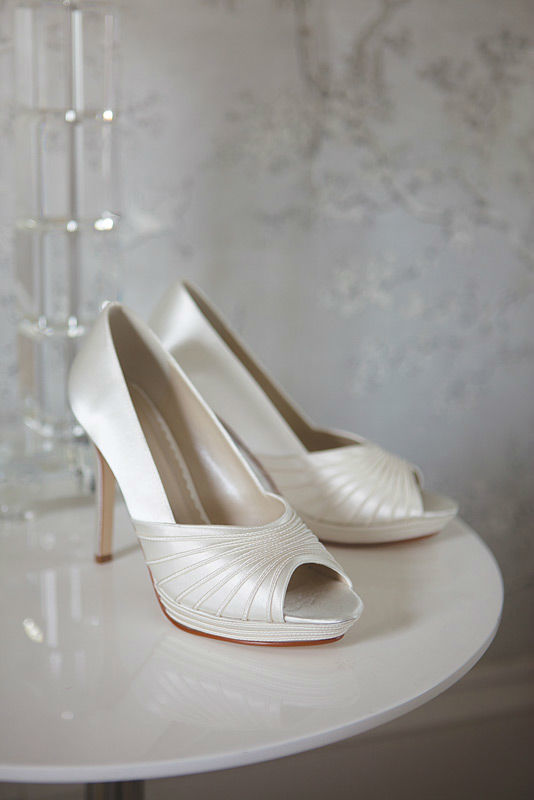 Beispiel: Stilvolle Brautschuhe, Foto: Brautstudio Schak.