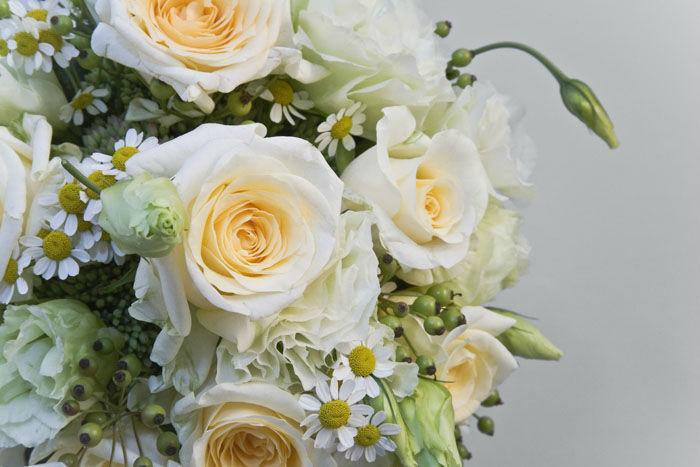 Beispiel: Klassische Sträuße, Foto: Blumen Maarsen.