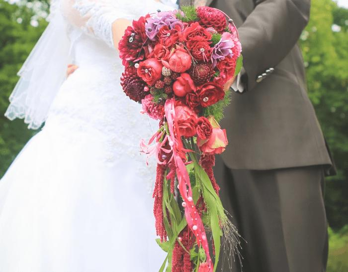 Beispiel: Brautstrauß, Foto: Strobel Floristik.
