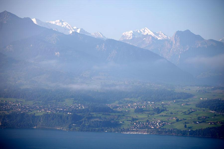Beispiel: Bergpanorama vom Hotelzimmer aus, Foto: Bären Sigriswil.