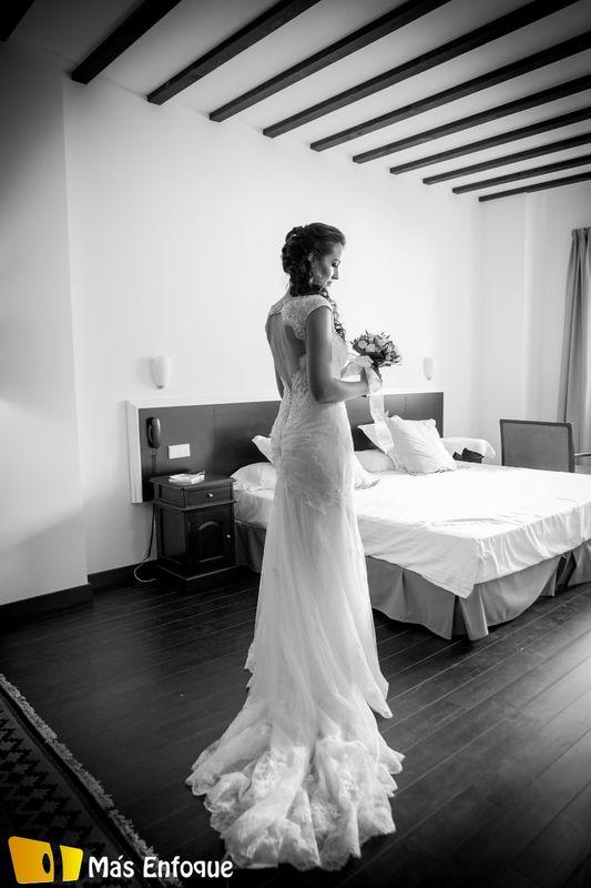 Beatriz en la Suite Nupcial en el día de su boda