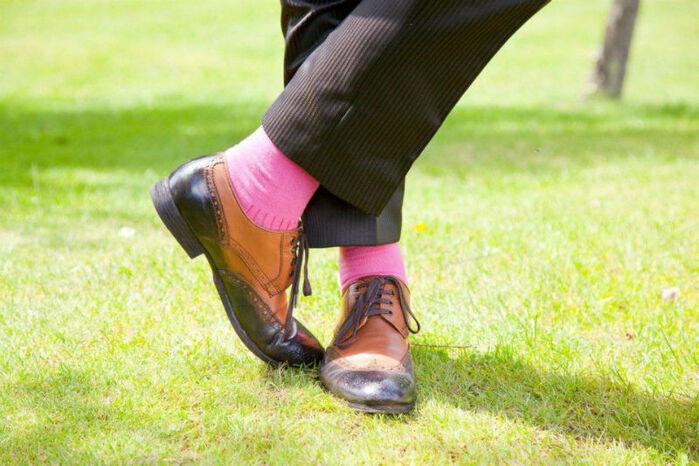 Beispiel: Schuhe für den Bräutigam, Foto: Elsa Coloured Shoes.