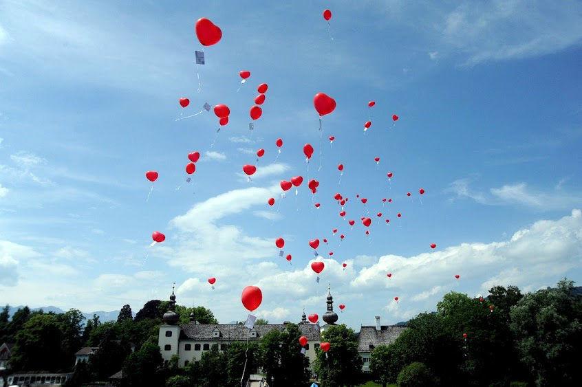 Beispiel: Herzluftballons, Foto: Daniela Kainz Wedding Salzburg.