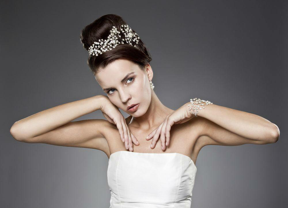 Beispiel: Schmucksets für Ihr perfektes Outfit, Foto: Brautschmuck 24.