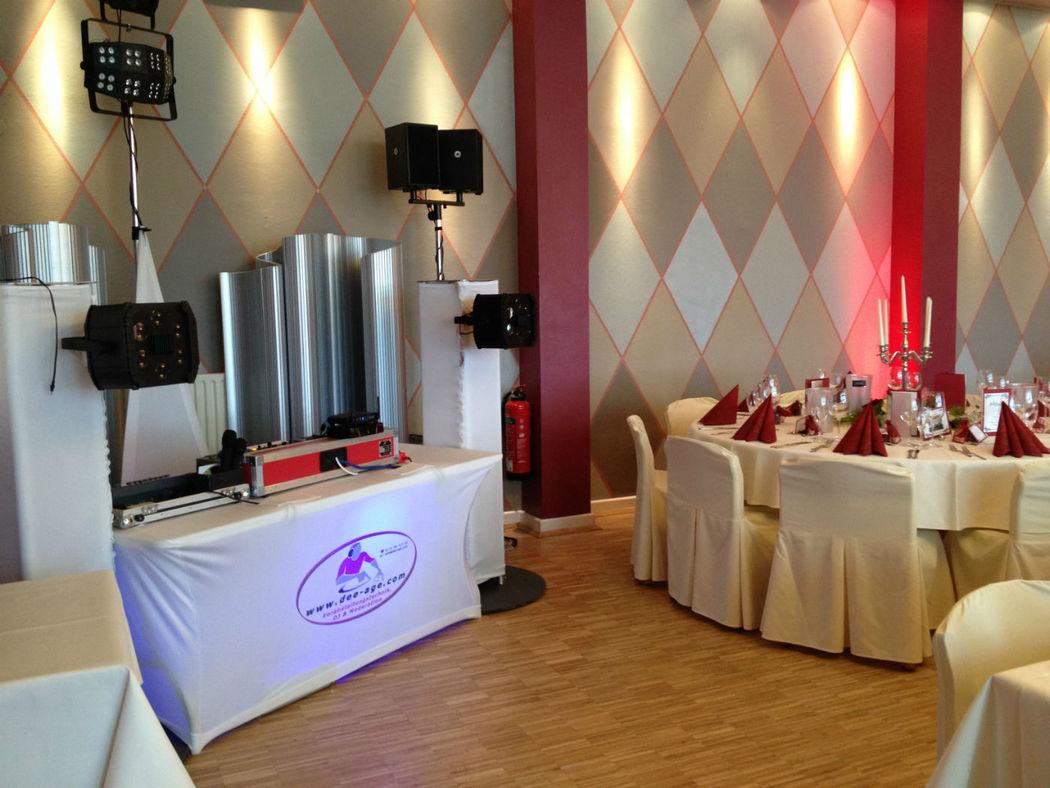 Hochzeit im schicken Design in Eschwege.