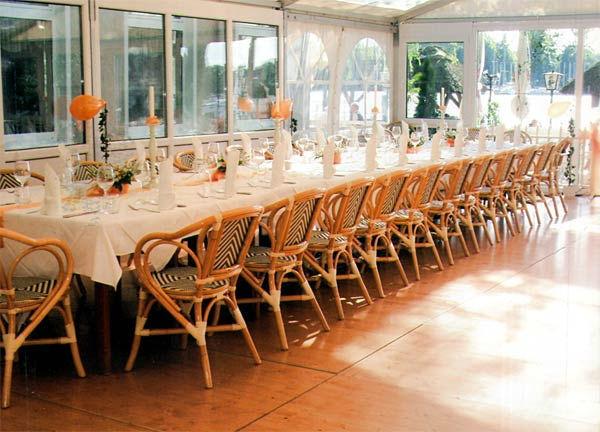 Beispiel: Festlich gedeckter Tisch, Foto: Hotel Restaurant Igel.