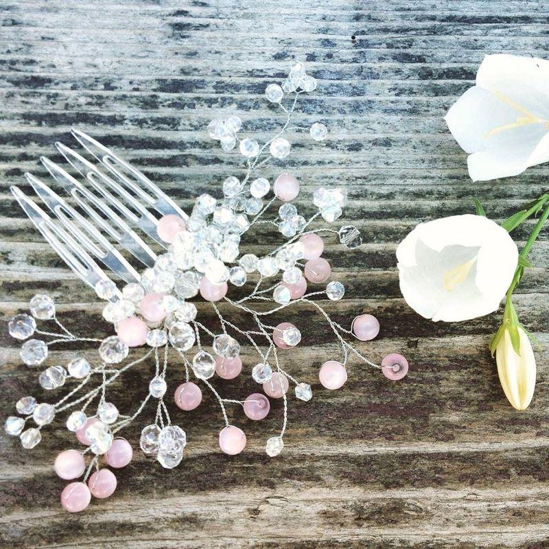 Дизайнерский гребень для волос из натурального жемчуга, уликсита, розового кварца.