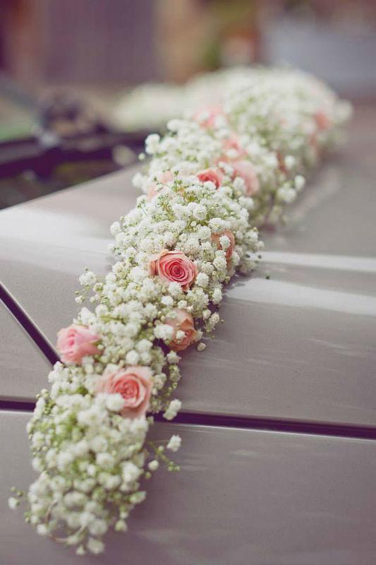 Beispiel: Autoschmuck, Foto: Die Blumenbinderei.