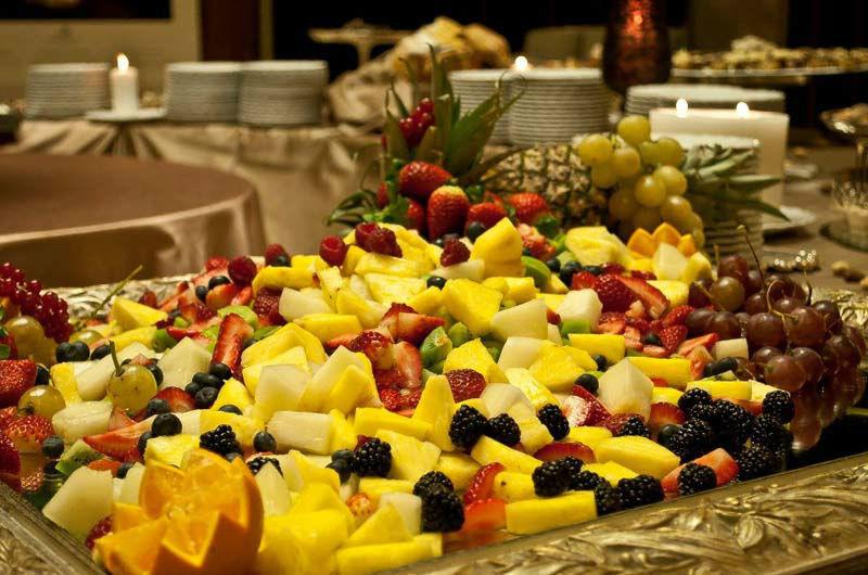 Beispiel: Früchtebüffet, Foto: Mario's Catering.