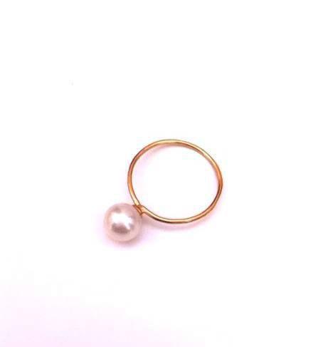 Beispiel: Perlenring, Foto: frida's Schmuckstücke & Accessoires.