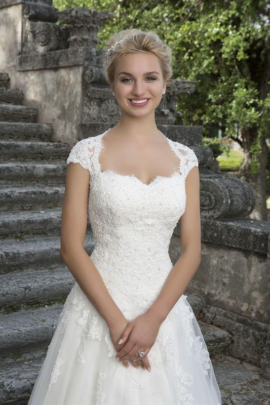 Sincerity Bridal  Vestidos de novia Justin Alexander en México