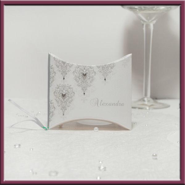 Beispiel: Geschenkebox, Foto: Adam & Eva Hochzeitskarten.