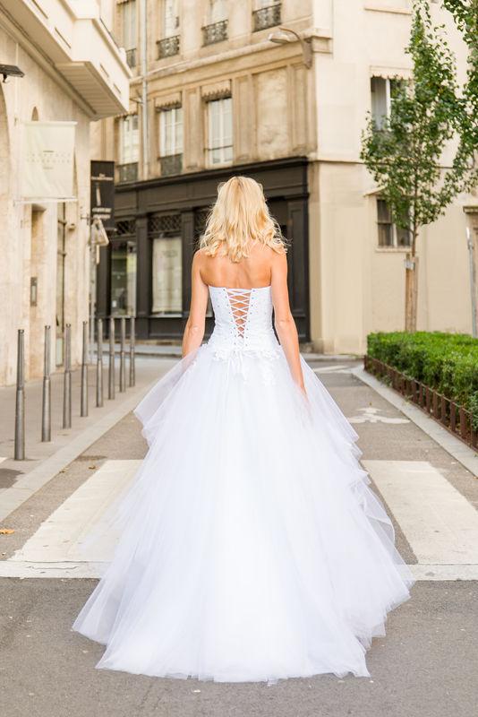 Ludivine Guillot - Robes de mariée sur mesure Lyon