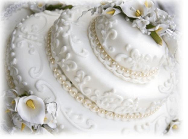 Beispiel: Hochzeitstorte, Foto: Reschenhof.