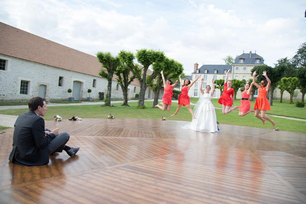 Le marié est aux premières loges !